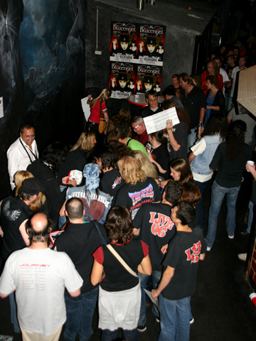 Danger Danger at Signing Session #3
